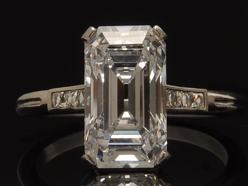 Sell a Tiffany & Co. Diamond_Ring