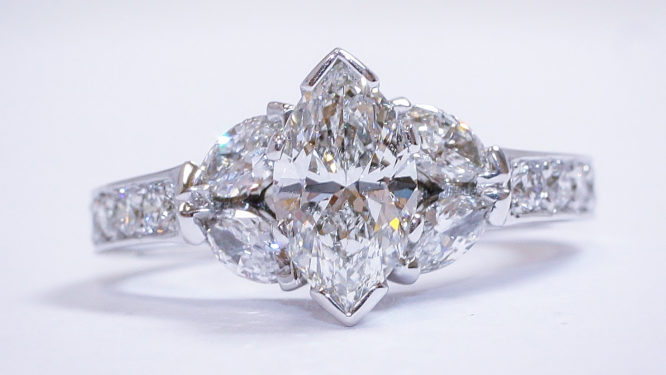 3f4e7ac29 Selling a diamond ring and other diamond jewelry to Denver Diamond Buyer is  a safe, secure, and discreet process. The first step is to call our Denver  ...